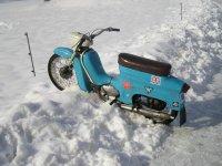Zimní období nemá rád nikdo a motorkáři nebo skútraři už vůbec ne