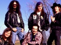 Faith No More, zleva Billy Gould, Jim Martin, Mike Bordin, Mike Patton, Roddy Bottum, cca 1989-90