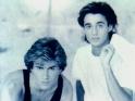 Wham!, zleva George Michael, Andrew Ridgeley, 1984-5
