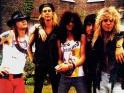 Guns N´Roses, zleva Axl Rose, Duff McKagan, Slash, Izzy Stradlin, Steven Adler, přelom 80. - 90. let