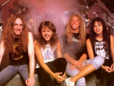 Metallica, zleva Cliff Burton, Lars Ulrich, James Hetfield, Kirk Hammett, pol. 80. let