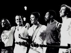 The Mahavishnu Orchestra, zleva Jerry Goodman, Jan Hammer Jr., John McLaughlin, Billy Cobham, Rick Laird, 1972-3