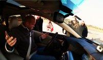 Testování systémů bezpečnosti aut