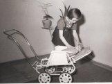 Kočárek pro panenku 1963 - Gottwaldov
