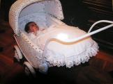 Dcera v ko��rku pro panenku z 50.-t�ch let min.stolet�