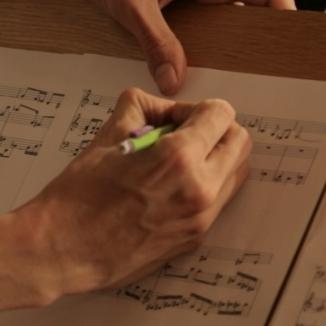 LUCAS DEBARGUE ALL TO MUSICLUCAS DEBARGUE VŠE PRO HUDBU