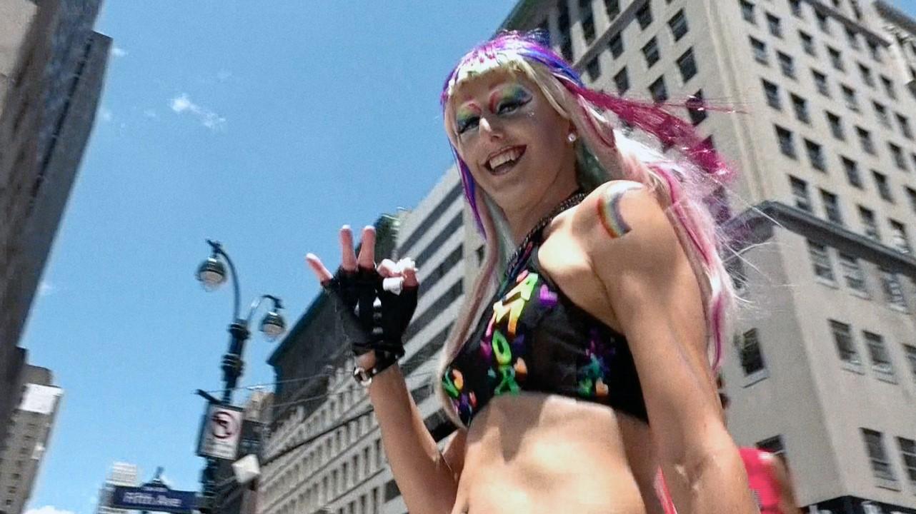 Sexuální videa s gay hrdostí