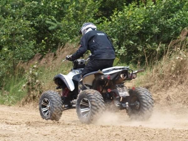 Adrenalin — Auto Moto Revue — Česká televize